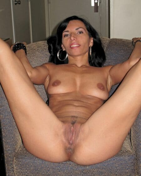 Femme cougar sexy réellement classe cherche un mec respectable