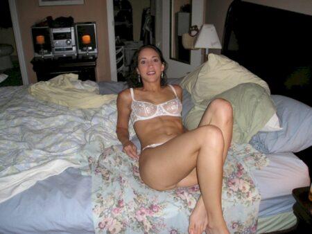 Pour un étalon propre qui recherche un plan sexe sans lendemain pour un soir